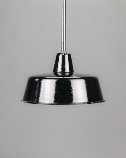 Penguin | Conical enamel lamp shade with extension rod