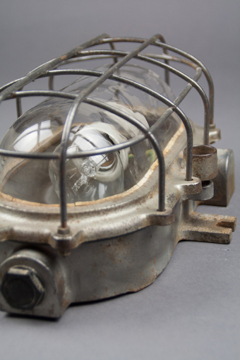 Eared Turtle | Unique Medium-sized Kandem Bulkhead Lamp From The 1930s
