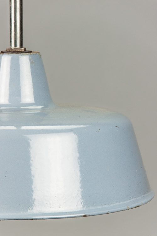 Blue Penguin | Blue-coloured enamel lamp shade with extension rod