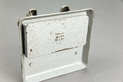 Grey Frog | Perforator