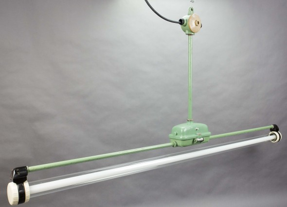 Antilope - Green Industrial Fluorescent Pendant