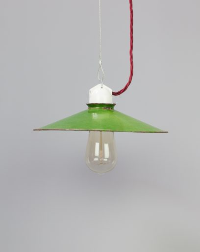 Small-pendant-cresty-olive-sparrow-off