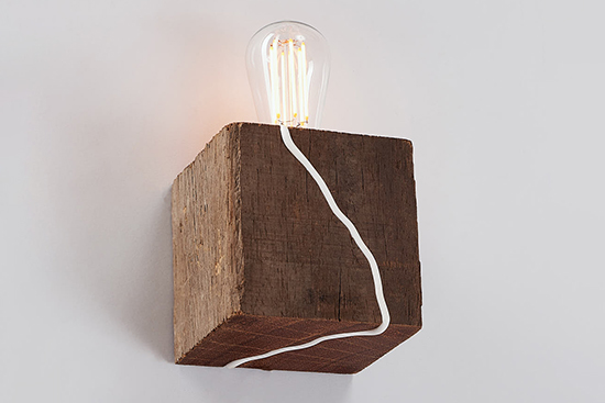Cable-Playful-Surface-Wall-Light-Red-Fox