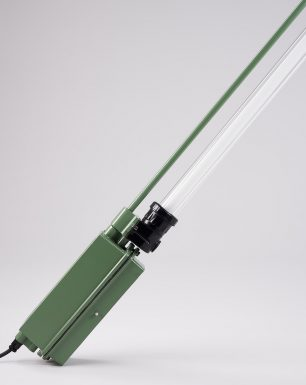 Single-Tube-Pendant-Lamp-Mule-Deer-Off
