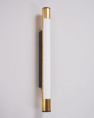 wall-light-brass-woodpecker-led-off