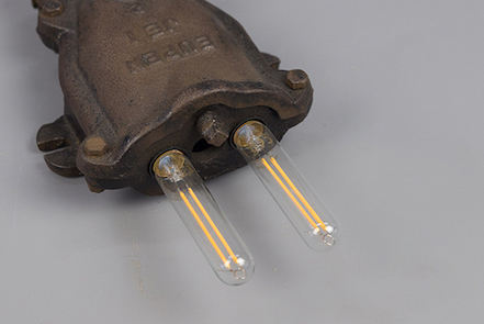 Two-E14-Bulbs-LED-Wall-Light-Horned-Snail
