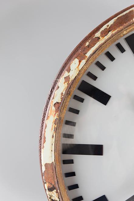 Milky-Glass-Clock-Face-Basralocus-Cuckoo